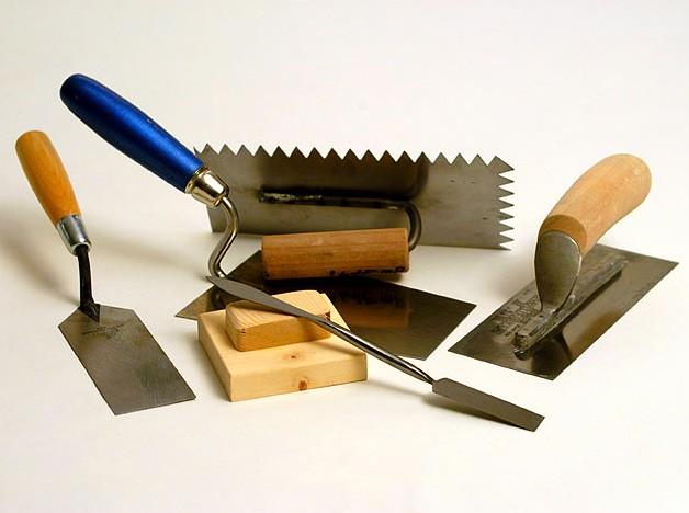 Под рукой должны быть необходимые инструменты - без этого никак - otdelat.ru