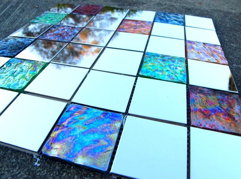 Ещё один достойный пример стеклянной плитки - otdelat.ru