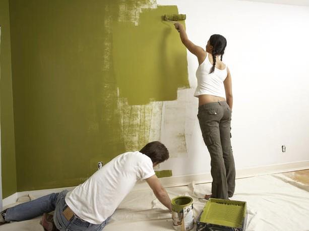 Как покрасить стену краской - при ремонте данным вопросом задаются многие люди - otdelat.ru