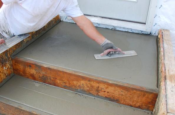 Практически все работы можно выполнить своими руками при отделке металлической лестницы - otdelat.ru