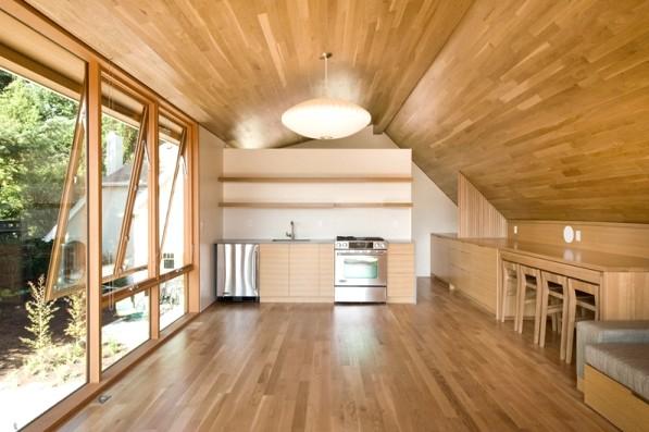 Каждый хозяин решает сам - как внутри отделать деревянный дом - otdelat.ru