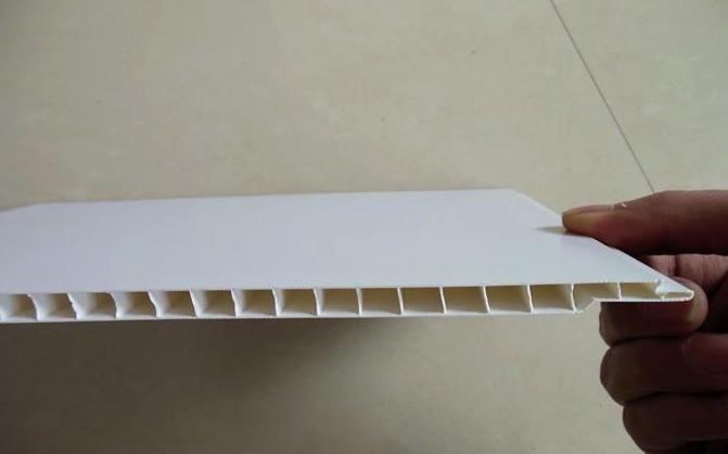 Пластик - идеальный материал для современного потолка - otdelat.ru