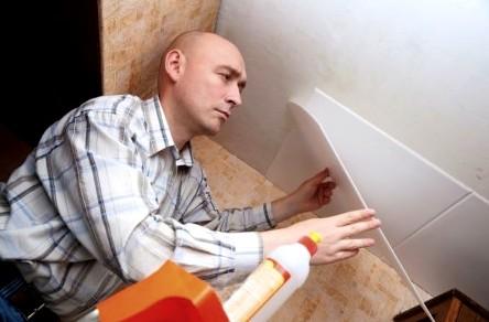 Монтаж пластика к потолку: здесь важна аккуратность - otdelat.ru