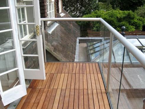 Интересное решение: облицовка балкона и стекло - otdelat.ru