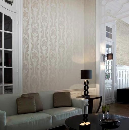 С орнаментом или в полоску обои - каждый хозяин сам решает, что для помещения лучше - otdelat.ru