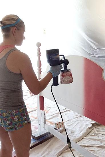 Если красить баллончиком правильно, можно своими руками обновить ту или иную мебель - otdelat.ru
