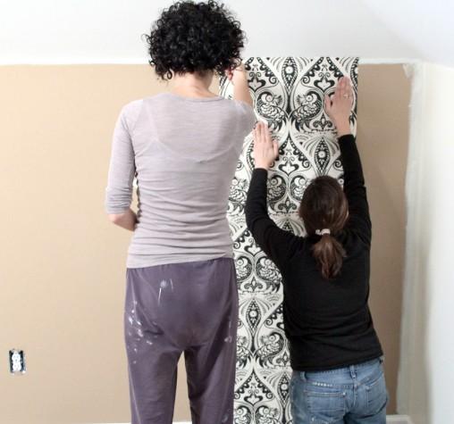 Лучше покупать полотна с небольшим запасом - так всегда делают люди с опытом - otdelat.ru