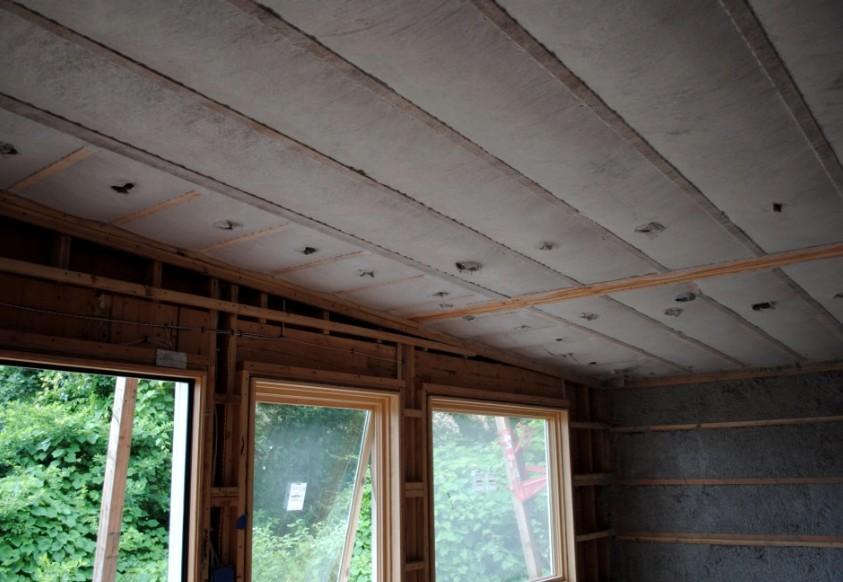 Популярный вопрос при ремонте - чем утеплить стены дома изнутри - otdelat.ru