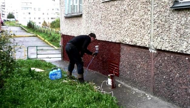 Хорошая краска для цоколя продлит срок службы основания любой конструкции - otdelat.ru