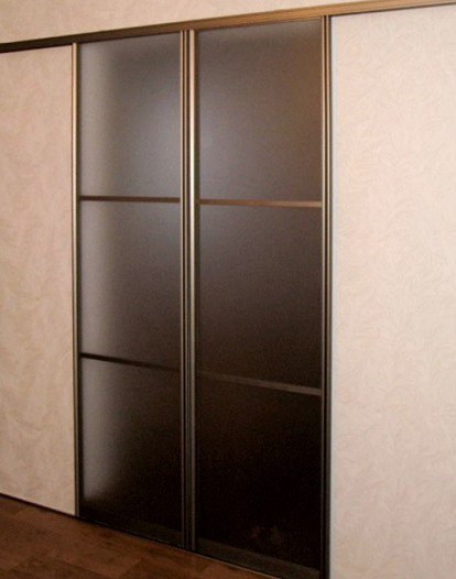 Раздвижные двери могут выглядеть так - otdelat.ru