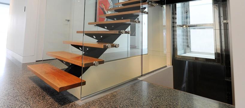 Отделка металлической лестницы - материалы и этапы