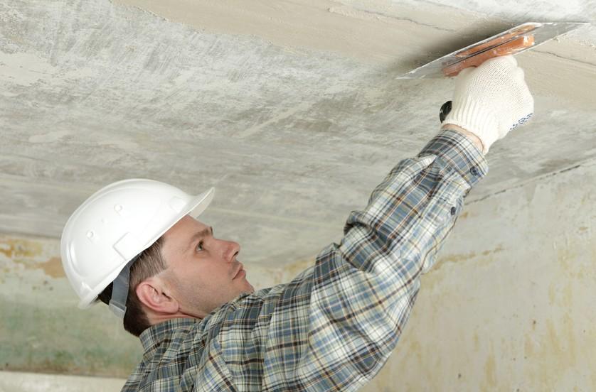 Выравнивание потолка штукатуркой своими силами