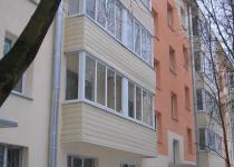 Наружная отделка балкона: сайдинг