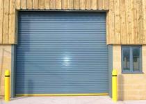 Какими бывают современные промышленные двери