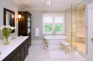 Стены в ванной - чем их можно отделать
