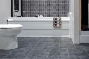 Пластиковая плитка для отделки ванной