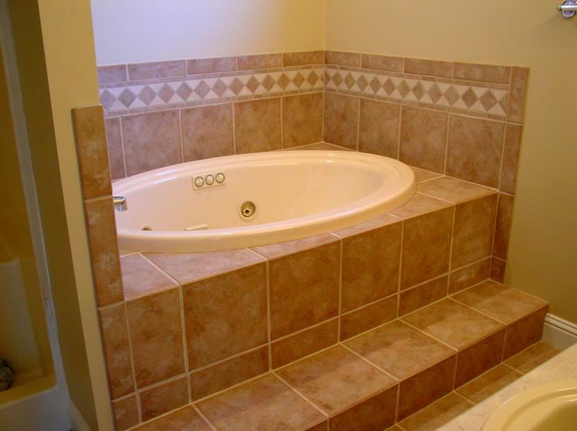 Ванная комната может быть оформлена и в классическом стиле. Помогут панели - otdelat.ru