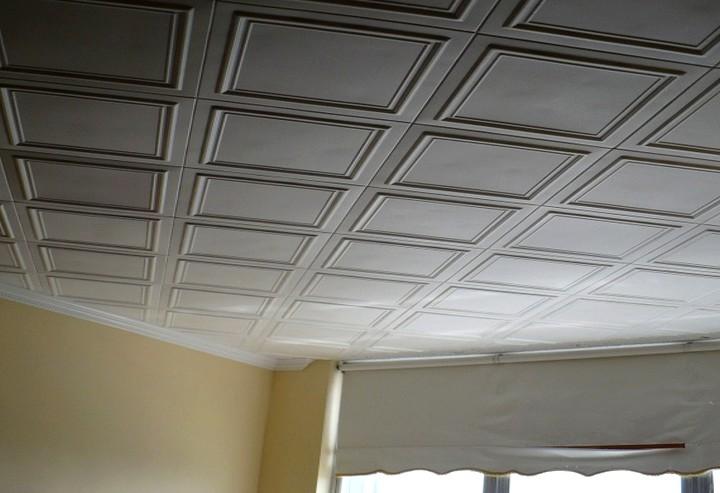 Без маячков такую отделку потолка не получить - otdelat.ru