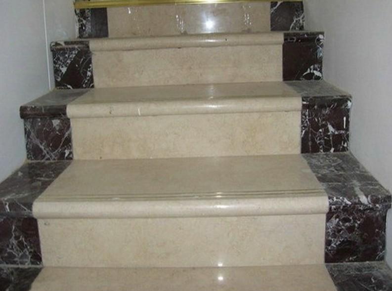 Отделка лестниц мрамором сегодня встречается очень часто - otdelat.ru