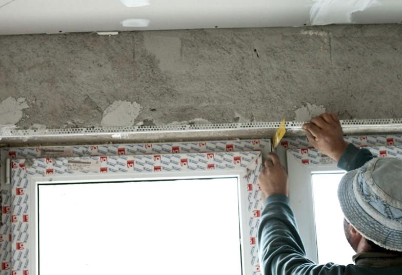 Стены из кирпича часто штукатурят даже в наше время, когда хватает и других вариантов отделки - otdelat.ru