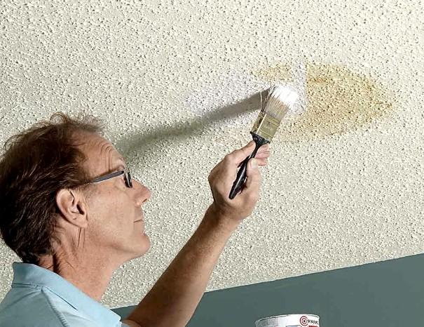 Как побелить потолок водоэмульсионной краской: подробный разбор