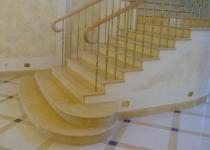 Мраморные лестницы - отделка премиум-класса